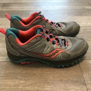 Saucony Womens 8.5 Excursion TR10 S15301-1 Shoes